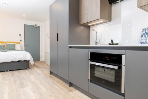 Studio to rent - Academy Apartments