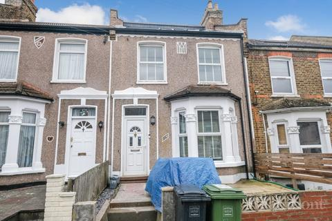 4 bedroom terraced house for sale - Glenfarg Road, Catford, London