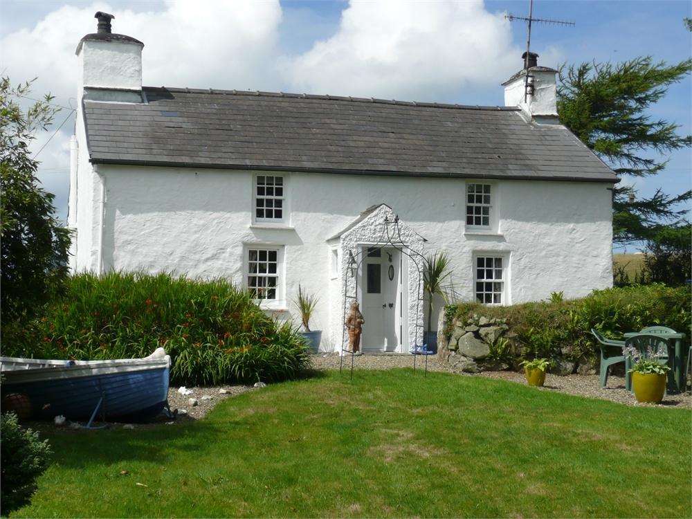 4 Bedrooms Detached House for sale in Parc Y Chwarel, Manorowen, Fishguard, Pembrokeshire