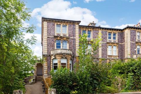 3 bedroom apartment for sale - Miles Road, Clifton