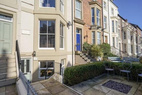 2 bedroom apartment for sale - Abbey Terrace, Whitby