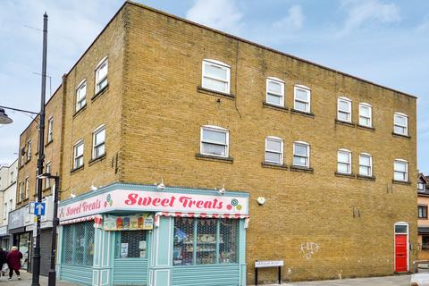 2 bedroom flat for sale - 597b, Bow E3