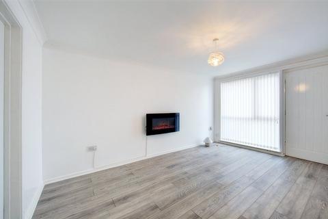2 bedroom flat to rent - College Road, Ashington, Northunberland