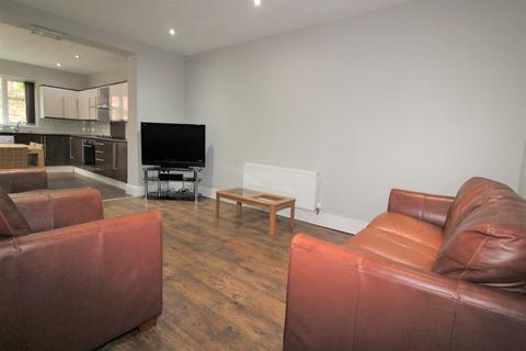 6 bedroom terraced house to rent - Elmsley Street, PRESTON PR1 7XE