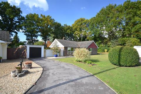 3 bedroom detached bungalow for sale - Paddock Close, St. Ives