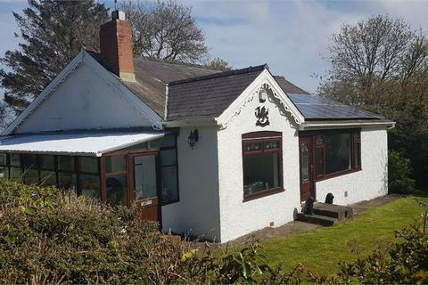 4 bedroom detached house for sale - Maeshelyg, Fishguard Road, Newport, Pembrokeshire