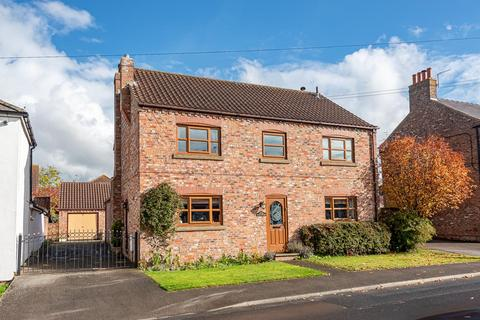 5 bedroom detached house for sale - Water Lane, Dunnington, York, YO19