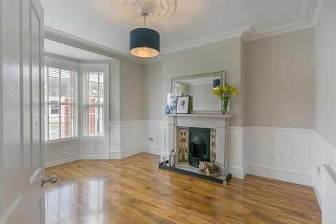 3 bedroom maisonette to rent - Newlands Road, High West Jesmond, Newcastle upon Tyne