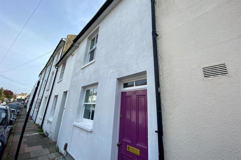 3 bedroom terraced house to rent - North Gardens, Brighton