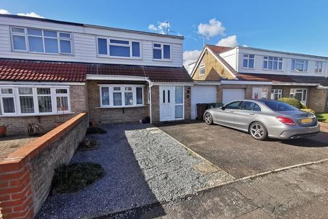 3 bedroom semi-detached house to rent - Braddick Close, Maidstone, ME15