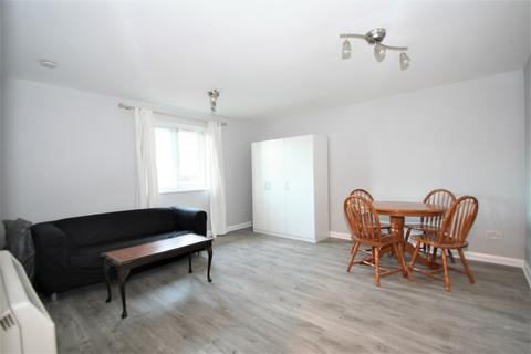 1 bedroom flat to rent - Swynford Gardens, London, NW4