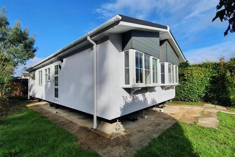 2 bedroom park home for sale - Oaktree Avenue, Crookham Common, Thatcham