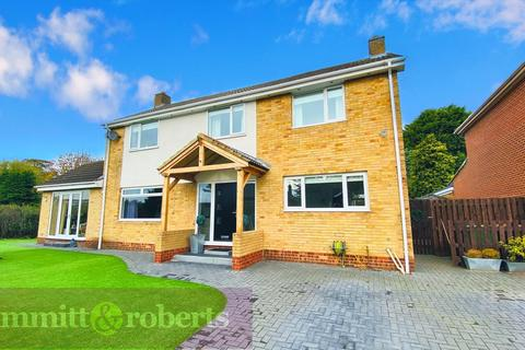 4 bedroom detached house for sale - Warwick Drive, Houghton Le Spring