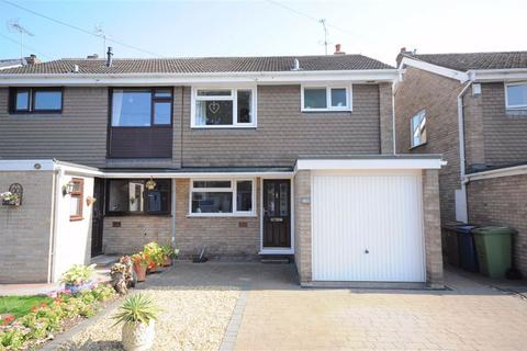 3 bedroom semi-detached house for sale - Friars Avenue, Stone