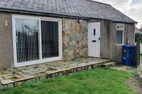 2 bedroom detached bungalow to rent - Chwilog, Pwllheli