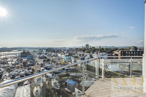 2 bedroom flat for sale - MARINER POINT PHASE 3 - WEST TOWER, Shoreham-By-Sea