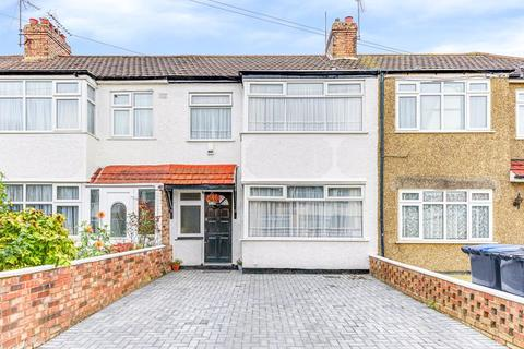 3 bedroom terraced house for sale - Clifford Road, Edmonton, N9