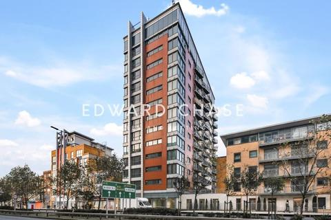 1 bedroom apartment to rent - Citygate House, Gants Hill, IG2