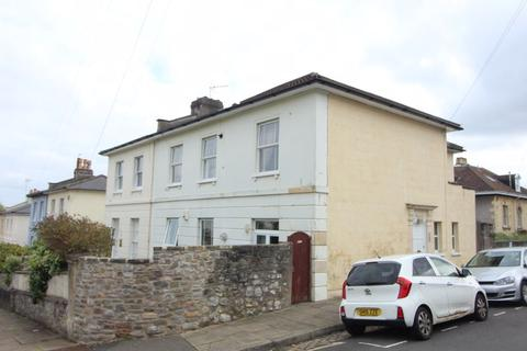1 bedroom flat to rent - Clare Road, Cotham, BS6 5TB