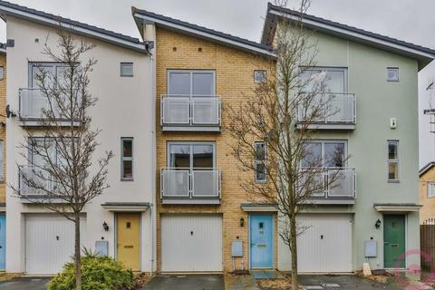 1 bedroom house share to rent - Pinewood Drive, Cheltenham