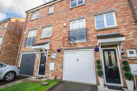 4 bedroom townhouse to rent - St Cuthbert's Road, Gatehead
