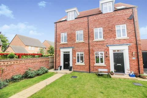 3 bedroom semi-detached house for sale - Newman Avenue, Beverley