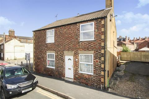 3 bedroom detached house for sale - Westgate, Driffield