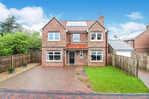 5 bedroom detached house for sale - Williamsfield Road, Cranswick, Driffield