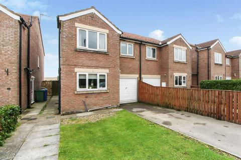 3 bedroom semi-detached house for sale - Laking Mews, Wold Newton, Driffield