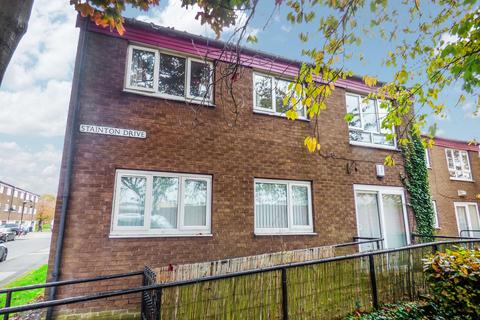 2 bedroom flat for sale - Stainton Drive, Gateshead, Tyne and Wear, NE10 9QT