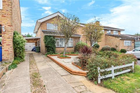 3 bedroom semi-detached house for sale - Highcroft Close, Yardley Gobion, Towcester