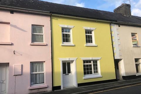 2 bedroom terraced house for sale - Stone Street, Llandovery, Carmarthenshire.