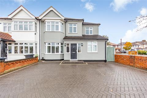 4 bedroom semi-detached house for sale - Devonshire Road, Hornchurch, RM12