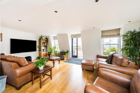 5 bedroom mews for sale - Lancaster Mews, Bayswater, London, W2
