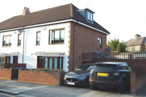 3 bedroom end of terrace house for sale - Palermo Road, NW