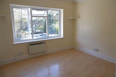 Studio to rent - Winlaton Road, Bromley, Kent, BR1 5PY