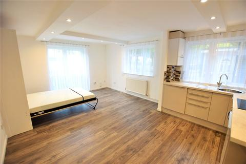 Studio to rent - Ladybank, Bracknell, Berkshire, RG12