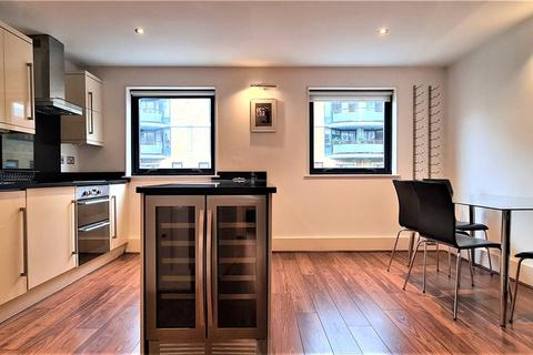 2 bedroom apartment to rent - Compass Court, 39 Shad Thames, London, SE1