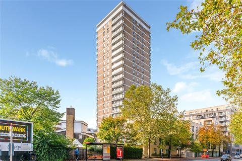 2 bedroom flat for sale - Dickens Estate, London, SE16