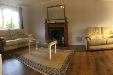 5 bedroom semi-detached house to rent - Huckley Way, Bristol BS32