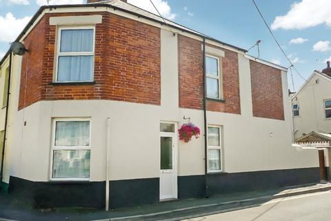 2 bedroom terraced house - Newport, Barnstaple