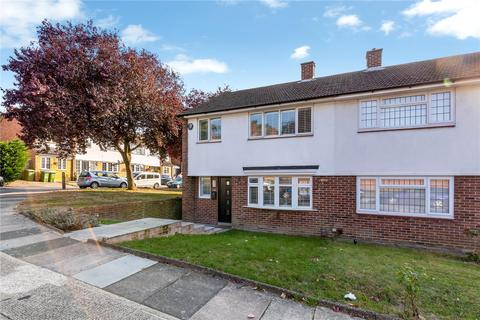 3 bedroom property to rent - Gattons Way, Sidcup