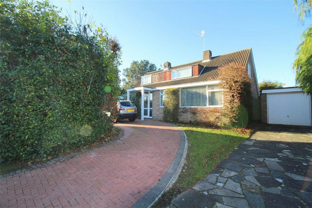 4 Bedrooms Detached House for sale in The Holdings, The Ryde, Hatfield, Hertfordshire