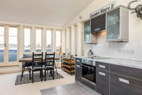 2 bedroom apartment for sale - Admiral House, 1 St Georges Walk, Gosport PO12