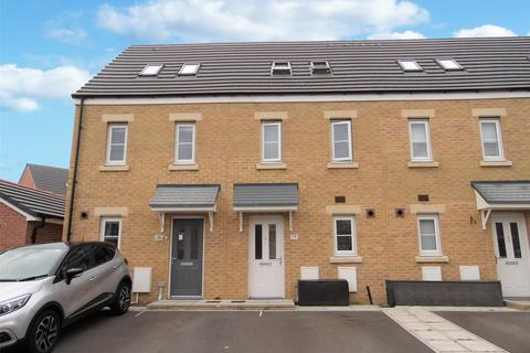3 bedroom terraced house for sale - Ffordd Cadfan, Bridgend, Mid Glamorgan, CF31