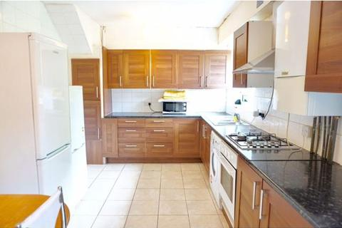 4 bedroom cottage to rent - AMIEL STREET, LONDON E1