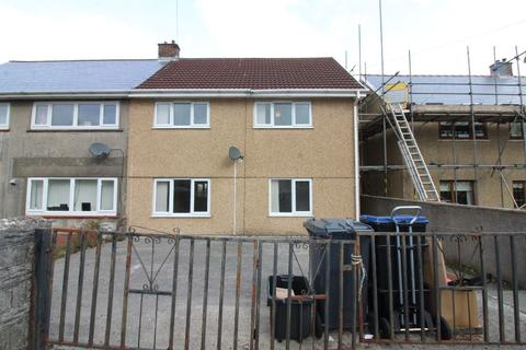 3 bedroom semi-detached house for sale - Darby Crescent, Ebbw Vale
