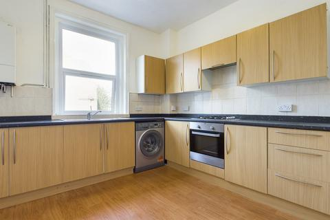 2 bedroom maisonette to rent - Bournemouth Road, Folkestone