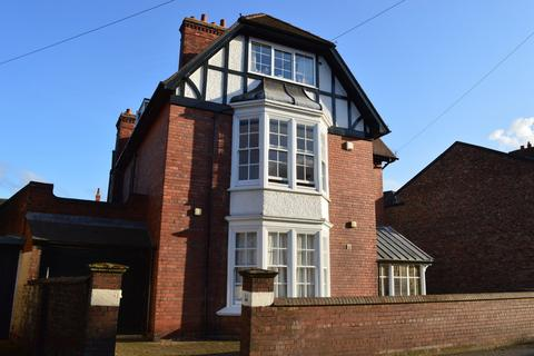 10 bedroom detached house for sale - Burton Stone Lane, York
