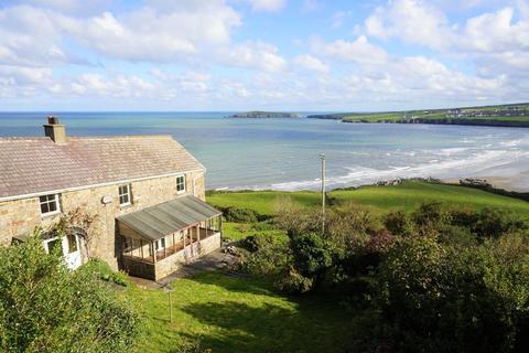 4 bedroom farm house for sale - Poppit, St Dogmaels